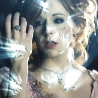 "Lindsey Stirling Releases Child of Light Video Set to Her Hit Single ""Shatter"""