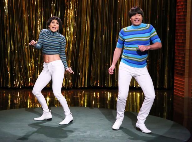 Jenifer_Lopez_Jimmy_Fallon_Tight_Pants_Tonight_Show_Screens_ (3)