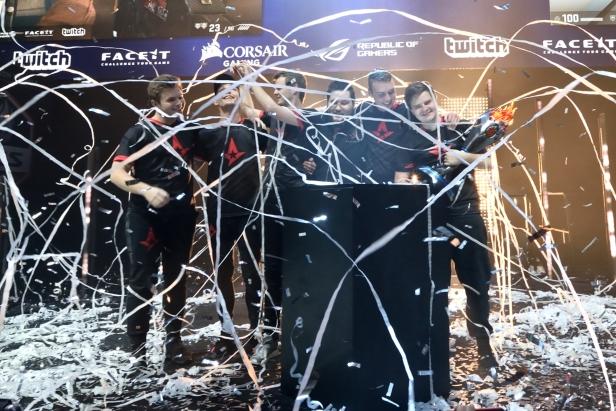31218283760_f0f95b168d_o-3astralis-wins-ecs-season-2-finals